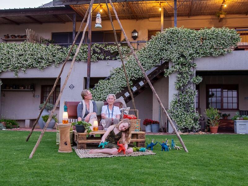 Lakeview restaurant winelands | picnic hampers | event venue | Le Bonheur adventures